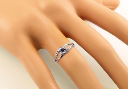 Saphirring Jeyne 1 mit Diamanten 0,010 ct